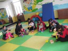 2019最新班主任教育随笔800字_幼儿园大班班主任教育工作随笔3篇