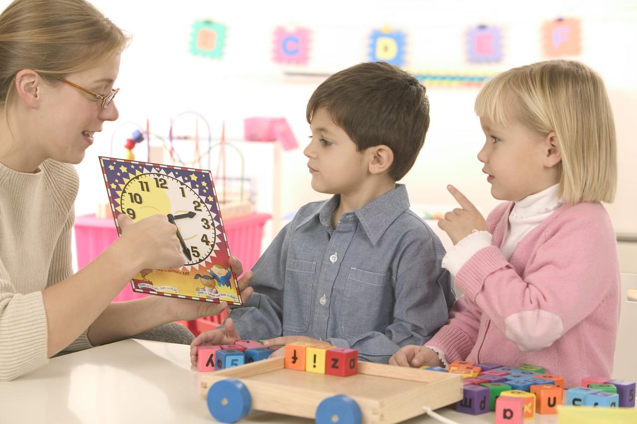 幼儿园大班幼教随笔600字_幼儿园中班教师教育随笔优秀5篇